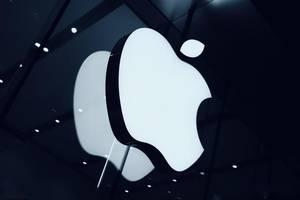 """A股又""""买醉"""",首个5G消息平台正式发布,苹果新品手机iPhone 12系列曝出存在缺陷"""